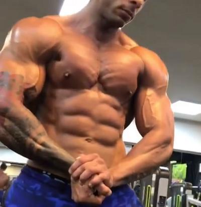 Proviron-Half-Life-muscular-man-body